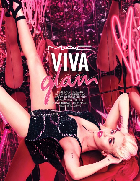 1414610152_miley-cyrus-mac-viva-glam-zoom